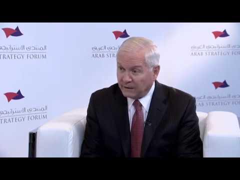 شاهد روبرت غيتس يؤكد أن قطر تقوم بعدد من الممارسات الخاطئة