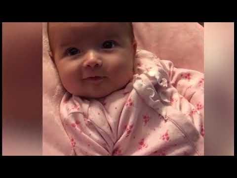 شاهد طفلة تنطق كلمتها الأولى في عمر 10 أسابيع