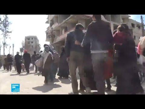 شاهد الأسد يزور الغوطة الشرقية والنزوح مستمر