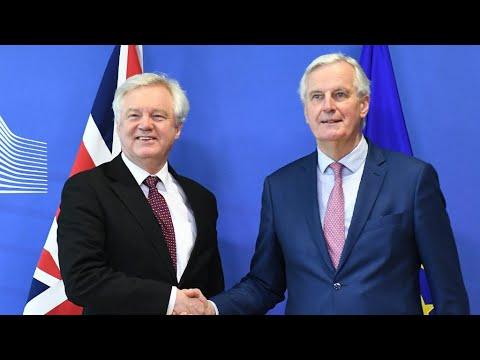 شاهد الاتحاد الأوروبي وبريطانيا يتوصلان إلى اتفاق بشأن المرحلة الانتقالية