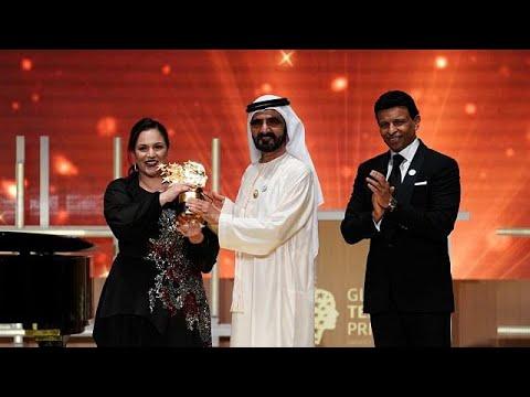 حصلت على جائزة بقيمة مليون دولار أميركي في دبي