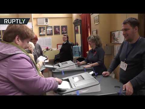القرم تصوت في انتخابات الرئاسة الروسية