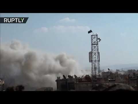 شاهدالجيش العربي السوري يقصف مواقع تنظيم داعش في جنوب دمشق