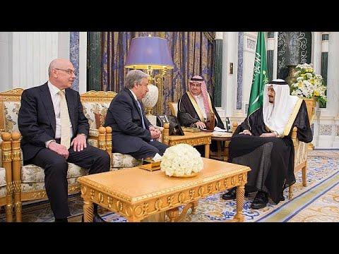 شاهد لقاء الملك سلمان مع رئيس لجنة الشراكات في حلف شمال الأطلسي