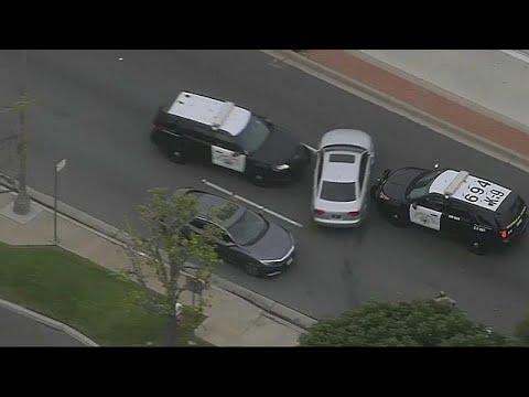 شاهد مطاردة هوليوودية بين سائق بارع والشرطة الأميركية
