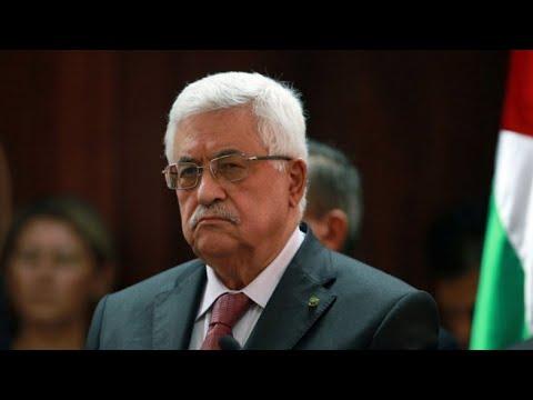 الرئيس الفلسطيني يعاني من التهاب رئوي ويتماثل الشفاء