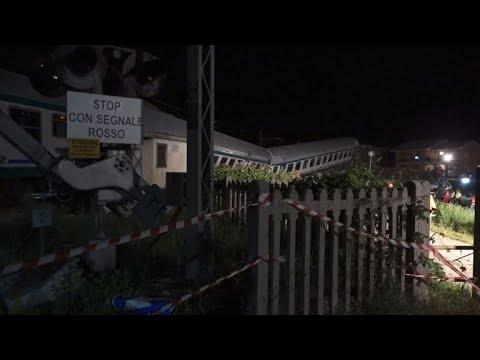 شاهد قتيلان وجرحى في خروج قطار عن سكته بإيطاليا