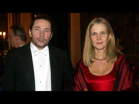 شاهد بدء محاكمة الفرنسي المتهم بالاغتصاب وزوج العضو السابقة بالأكاديمية السويدية