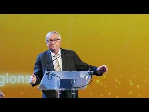 شاهد حمى الرقص تُصيب السياسيين في أوروبا