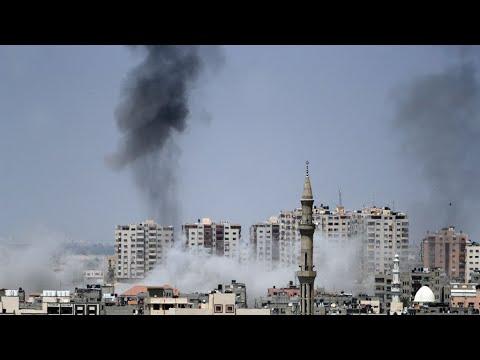 شاهدغارات جوية إسرائيلية تستهدف قطاع غزة