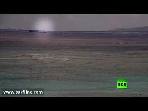 شاهد لحظة سقوط المقاتلة الأميركية hawker hunter في المحيط