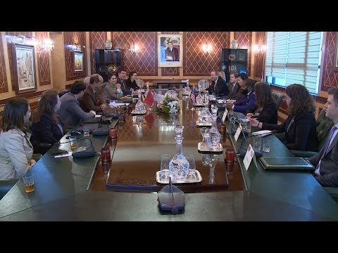 شاهدوفد عن المجلس الأميركي للقادة السياسيين الشباب يزور مجلس المستشارين