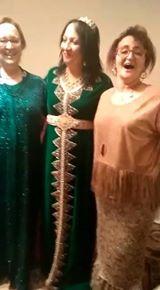 شاهدحفلة طلاق لمغربية بالزغاريد والأغاني الشعبية