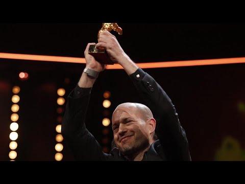 شاهدفيلم سينونمس يفوز بجائزة الدب الذهبي في مهرجان برلين السينمائي