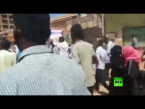 شاهد تجدّد الاحتجاجات في الخرطوم ضد تدهور الأوضاع