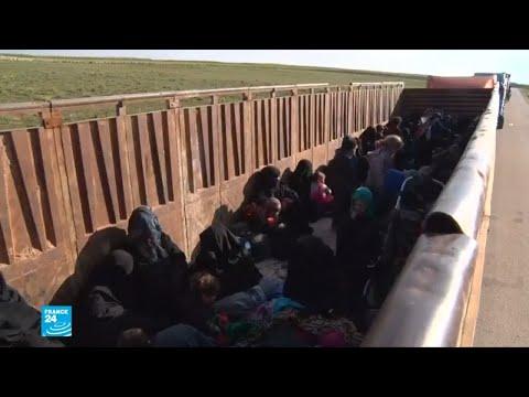 شاهد شاحنات تقل مقاتلين وعائلاتهم من آخر معقل لهم في سورية