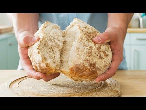 شاهد مفاجأة الخبز المتعفن وهذا ما يحدث لجسمك إذا تناولته