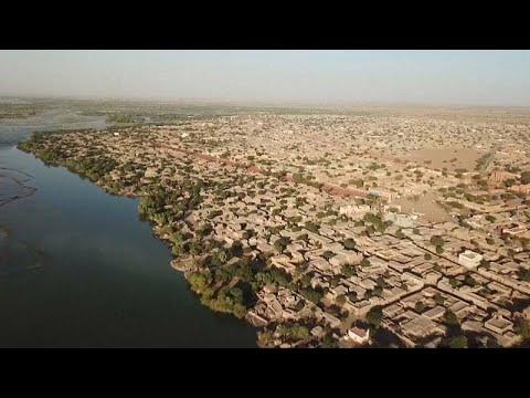 شاهد الحياة تعود مرة أخرى إلى مدينة غاو في مالي بعد عودة سكانها