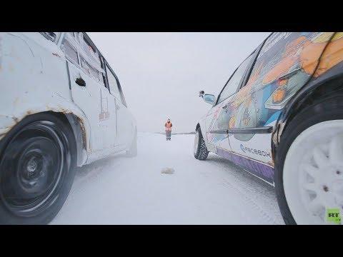 شاهد تفحيط مُذهل على الثلج في روسيا بسيارة لادا القديمة
