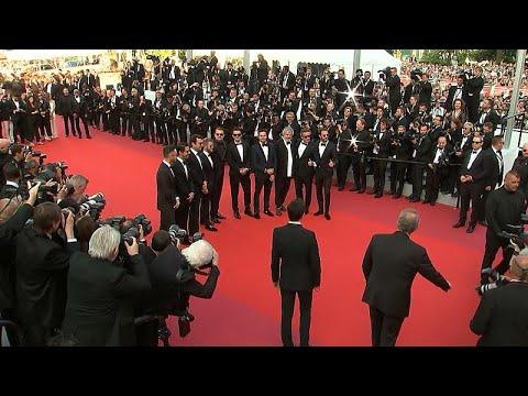 ليوناردو دي كابريو يشارك في عرض الفيلم الوثائقي ونذهب إلى الأخضر