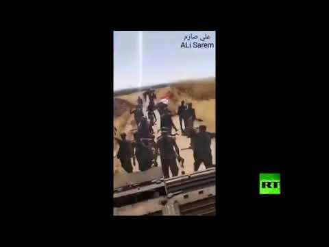 شاهد لحظة مرور رتل تابع للجيش السوري بجانب نقطة المراقبة التركية في ريف حماة الشمالي