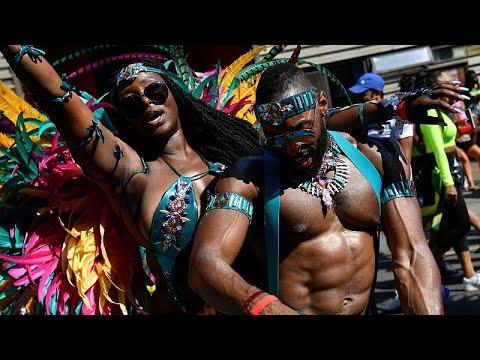 شاهد لندن تحتفي بموروثها الكاريبي في كرنفال نوتينغ هيل