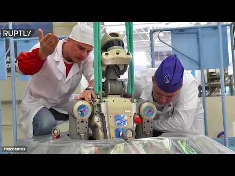 عودة الروبوت فيودور للأرض بعد رحلته الأولى إلى الفضاء