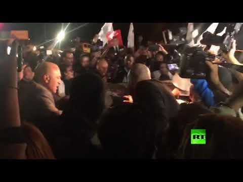 شاهد لحظة الإفراج عن المرشح الفائز بالدور الأول في انتخابات تونس