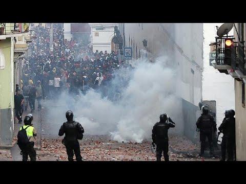 شاهد محتجون يقتحمون مقرّ البرلمان في الإكوادرو مع تصاعد حدة التظاهرات