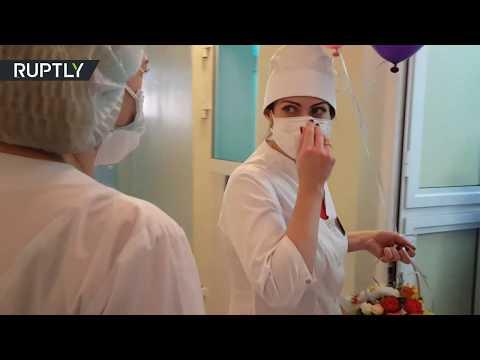 شاهد تعافي طالبة صينية مصابة بفيروس كورونا في روسيا