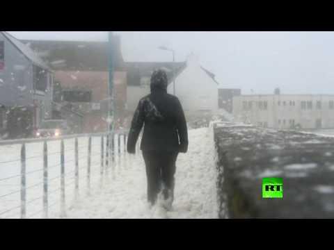 شاهد كاميرات ترصد وصول عاصفة دينيس إلى فرنسا