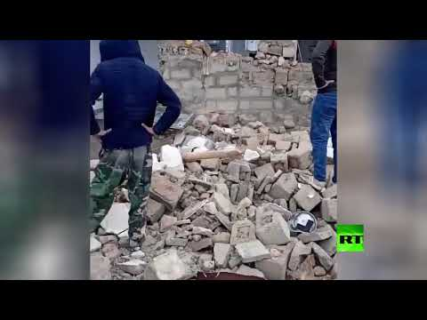 شاهد زلزال يضرب المنطقة الحدودية بين تركيا وإيران