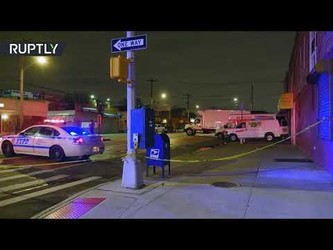 العثور على عشرات الجثث في شاحنات في نيويورك