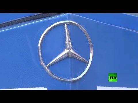 غزاوي يصنع سيارة مرسيدس بنز كلاسيكية