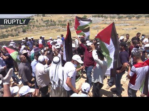 إصابة 21 فلسطينيًا في مواجهات مع الاحتلال الإسرائيلي بالضفة الغربية