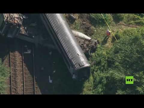 شاهد قتلى وجرحى جراء انحراف قطار عن مساره في اسكتلندا