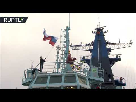 شاهد الحكومة الروسية تؤكد أهمية تطوير الأسطول البحري من كاسحات الجليد