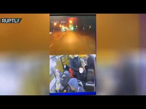 شاهد جدل حول ارتداء الكمّامة ينتهي بجريمة قتل غربي روسيا