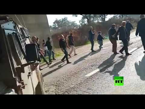 شاهد جيش الاحتلال الإسرائيلي يقمع مسيرة احتجاجية ضد توسيع الاستيطان غربي سلفيت