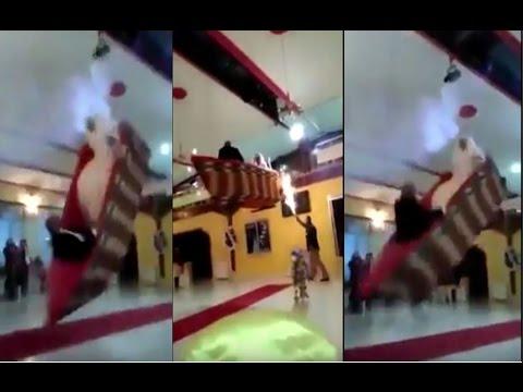 صوت الإمارات - بالفيديو  دخول غير اعتيادي إلى قاعة الفرح في مصر