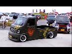بالفيديو سيارات نقل بضائع معدلة